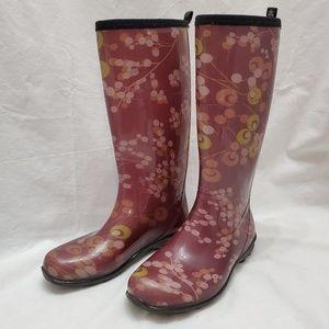 Kamik Burgundy Print☔ Rain Boot ⛈Size 8🌧